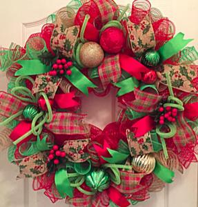 red green mesh christmas wreath